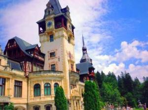 Private Tour To Sinaia & Bucharest From Brasov